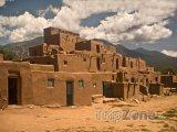 Historické městečko Taos Pueblo