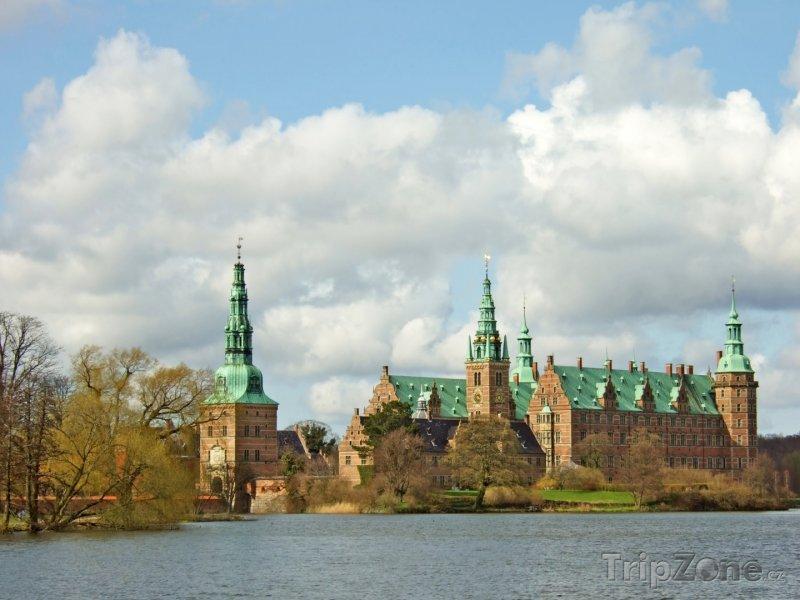 Fotka, Foto Hrad Frederiksborg ve městě Hillerød (Dánsko)
