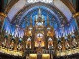 Interiér baziliky Notre-Dame v Montrealu