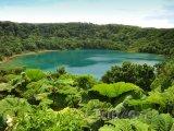 Laguna Botos v národním parku Poas