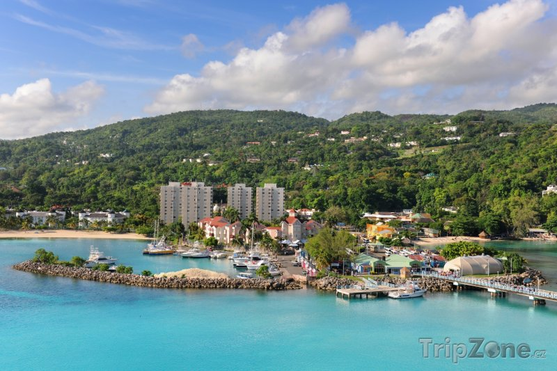 Fotka, Foto Město Ocho Rios (Jamajka)