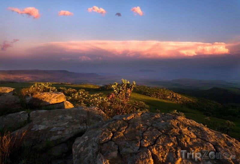 Fotka, Foto Mraky nad pohořím Drakensberg (Jihoafrická republika)