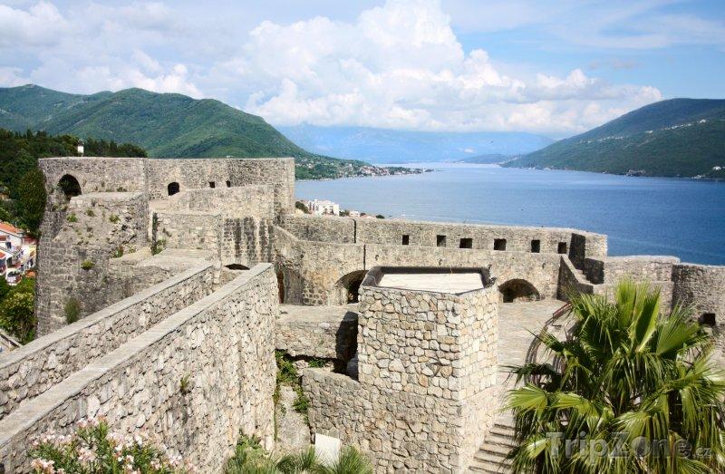Fotka, Foto Pevnost Gorni grad ve městě Herceg Novi (Černá Hora)