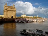 Pobřeží Bombaje s Bránou Indie