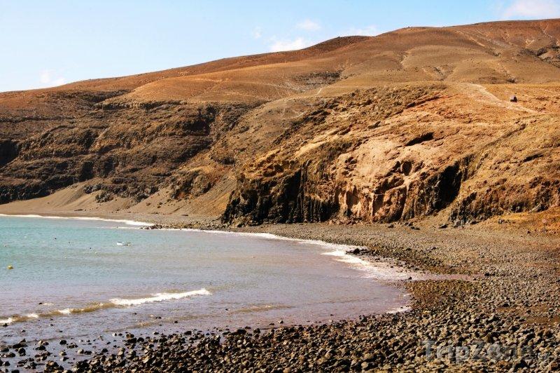 Fotka, Foto Pobřeží ostrova Lanzarote (Španělsko)