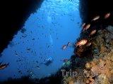 Podmořská jeskyně