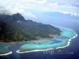 Pohled na ostrov Moorea a Tahiti