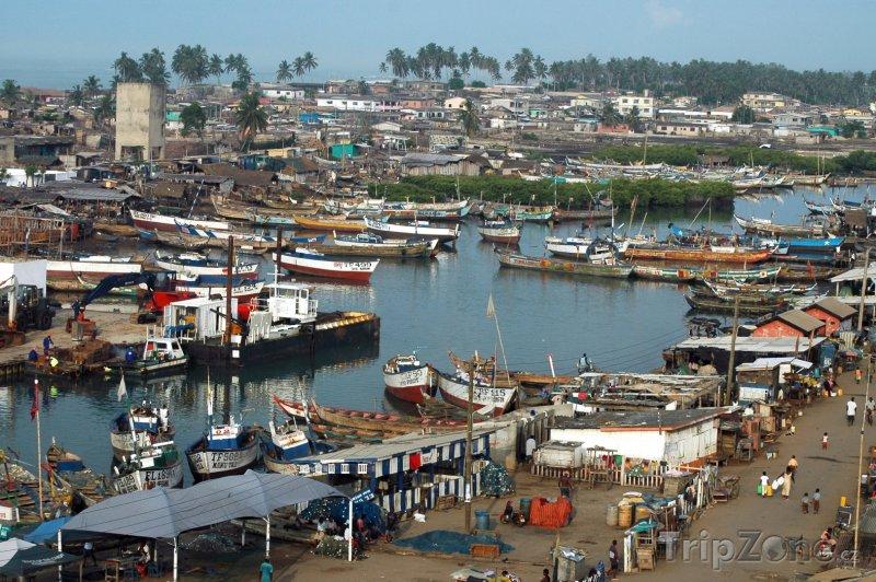 Fotka, Foto Přístav ve městě Elmina (Ghana)