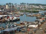 Přístav ve městě Elmina