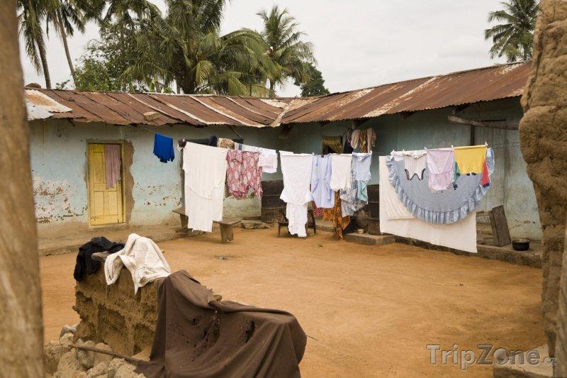 Fotka, Foto Slumy ve městě Accra (Ghana)