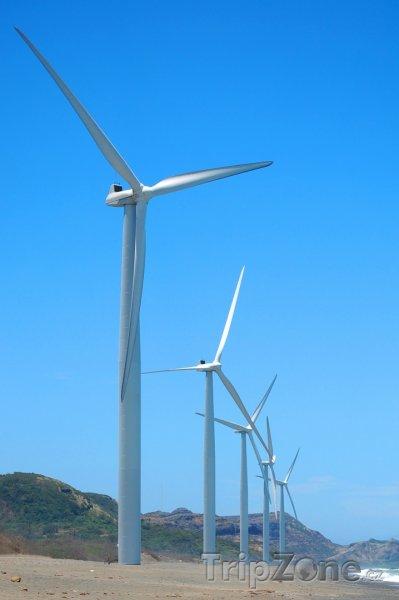 Fotka, Foto Větrné mlýny v Ilocos Norte (Filipíny)