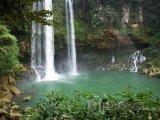Vodopády Agua Azul v Chiapasu