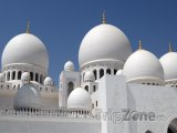 Abú Dhabí, kopule na mešitě Sheikh Zayed