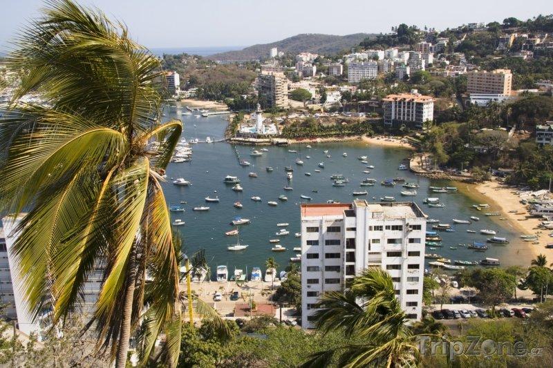 Fotka, Foto Acapulco, pohled na pláž Manzanillo (Mexiko)