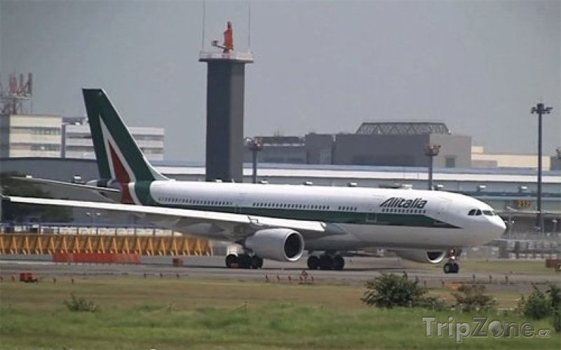 Fotka, Foto Airbus A330 společnosti Alitalia