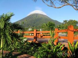 Alajuela, pohled na vulkán Arenal