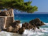 Brela, schody na pláž