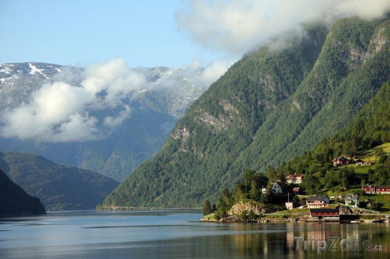 Fotka, Foto Hardangerfjord, obec Ulvik (Norsko)