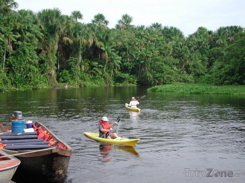 Fotka, Foto Kanoe na řece Orinoko (Venezuela)