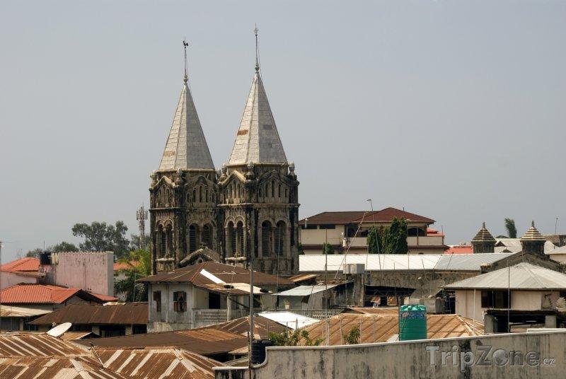Fotka, Foto Katedrála Sv. Josefa ve městě Zanzibar (Tanzanie)