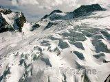 Ledovec u městečka Saas-Fee