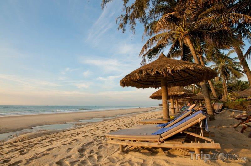 Fotka, Foto Lehátka na pláži (Vietnam)