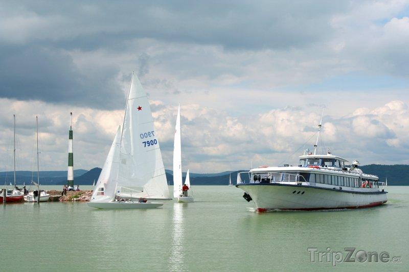 Fotka, Foto Lodě na Balatonu (Maďarsko)