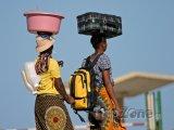 Mosambické ženy v tradičním oblečení