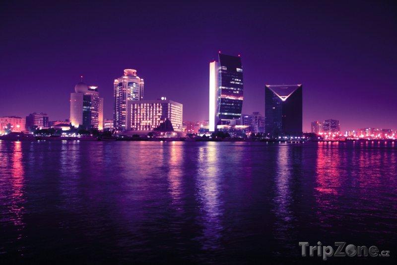 Fotka, Foto Noční Dubaj (Spojené arabské emiráty)