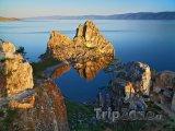 Ostrov ostrov Oľchon na bajkalském jezeře