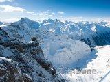 Pohled z hory Titlis na Urnské Alpy