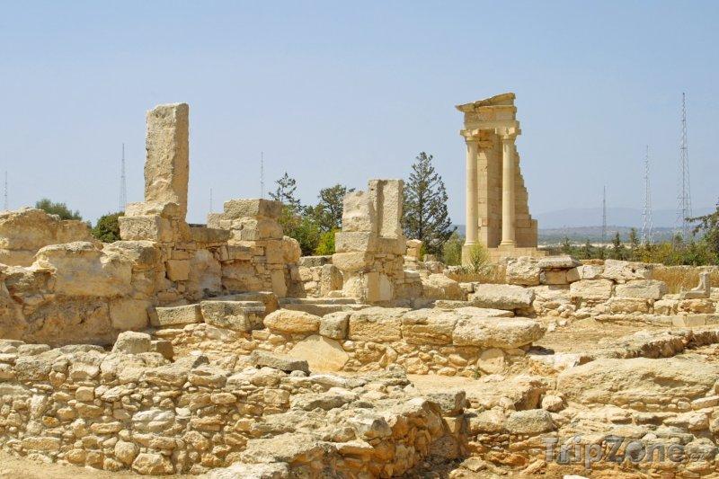 Fotka, Foto Ruiny antického chrámu boha Apollona u Limassolu (Kypr)
