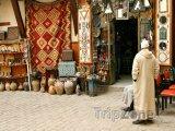 Tradiční obchod s keramikou