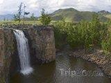 Vodopád Ulán Tsutgalan na řece Orchon gol