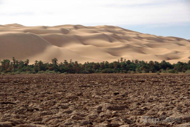 Fotka, Foto Vyschlé jezero v libyjské poušti (Libye)