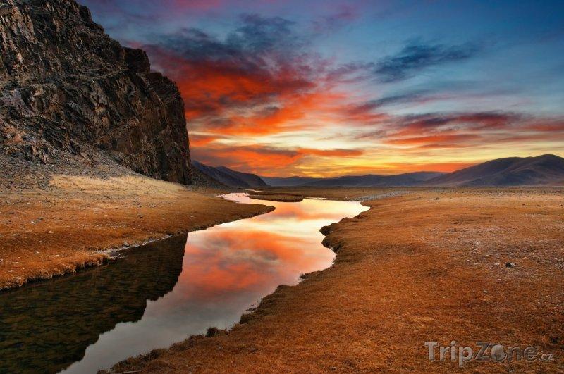 Fotka, Foto Západ slunce nad pouští Gobi (Mongolsko)