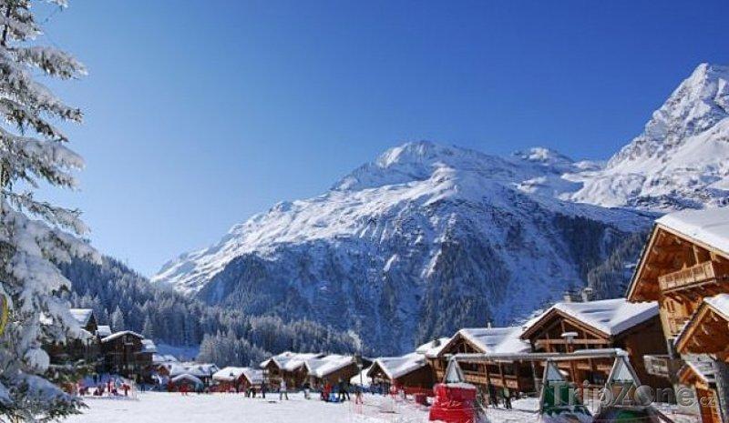 Fotka, Foto Alpská vesnička Sainte-Foy-Tarentaise