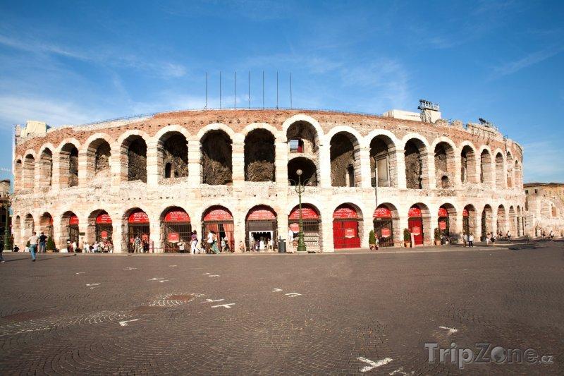 Fotka, Foto Aréna (Verona, Itálie)