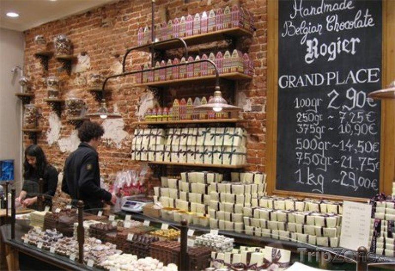 Fotka, Foto Govinda, obchod s pralinkami v Bruselu