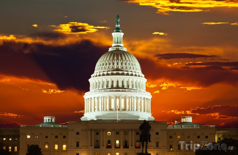 Fotka, Foto Kapitol v západu slunce (Washington D.C., USA)