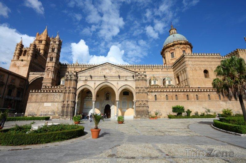 Fotka, Foto Katedrála na Piazza Cattedrale (Palermo, Itálie)