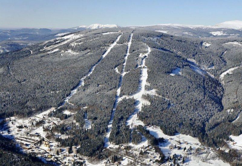 Fotka, Foto Letecký pohled na Černou horu