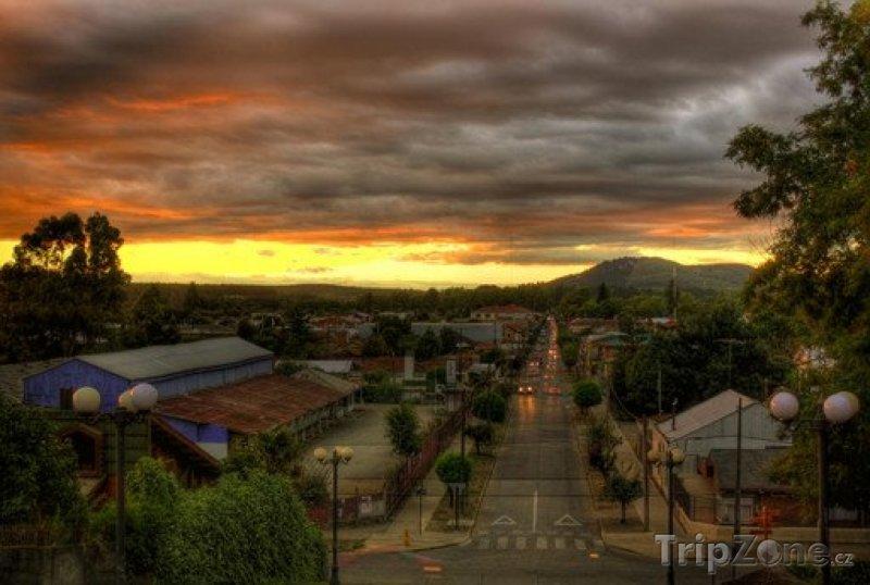 Fotka, Foto Mulchén v západu slunce