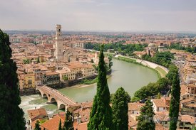 Pohled na řeku Adige