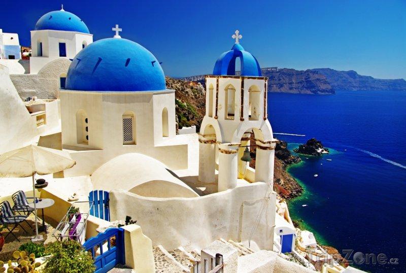 Fotka, Foto Santorini, kostel ve vesničce Oia (Řecko)