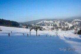 Sjezdovka v lyžařském areálu Bedřichov