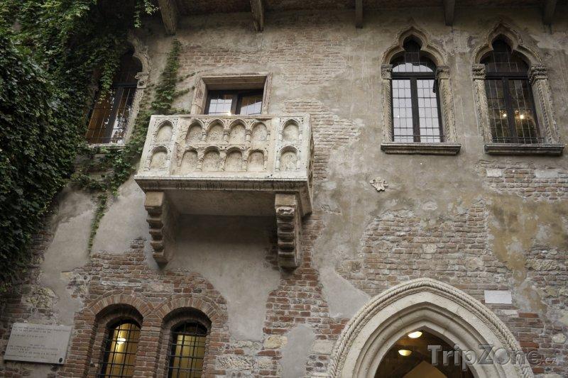 Fotka, Foto Slavný Juliin balkón (Verona, Itálie)
