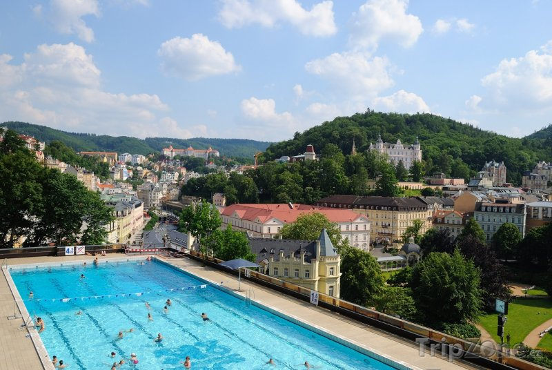 Fotka, Foto Bazén u hotelu Thermal (Karlovy Vary, Česká republika)