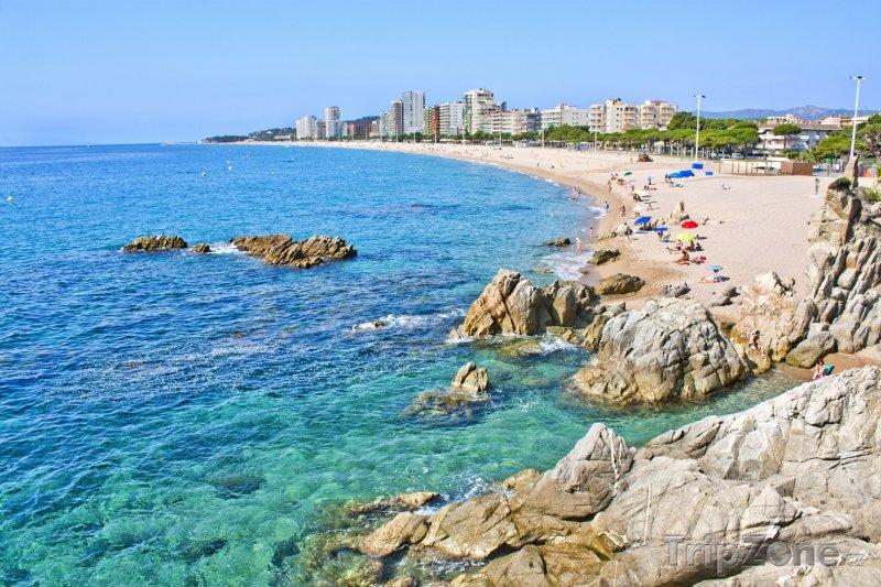 Fotka, Foto Costa Brava, pobřeží města Castell-Platja d'Aro (Španělsko)