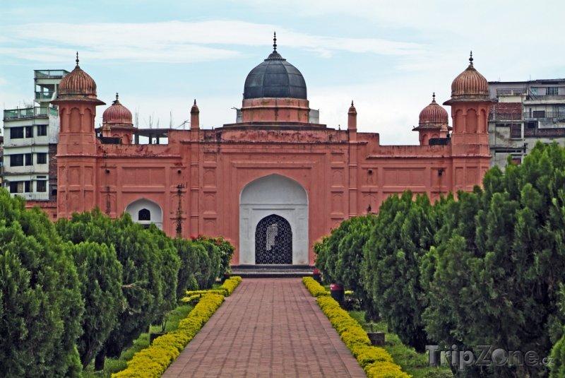 Fotka, Foto Dháka, mauzoleum Bibi Pari